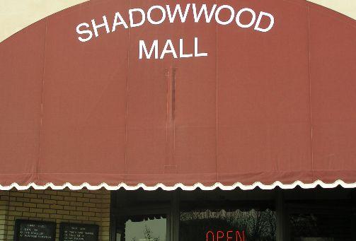 shadowwoodmall.jpg